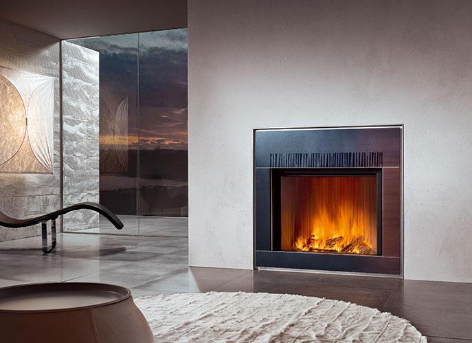 Camino a parete con rivestimento in Maiolica colore grigio rosso Modello Mood di marca Piazzetta